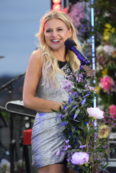 Kelsea Ballerini - Good Morning America: November 8th 2017