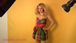 Kristen Bell - Cosmopolitan - September 2009