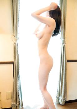 Ninomiya Waka 二宮和香