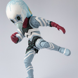 Ultraman (S.H. Figuarts / Bandai) - Page 5 FLYDRKiH_t