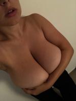 Adriana Fenice | the4um.com.mx