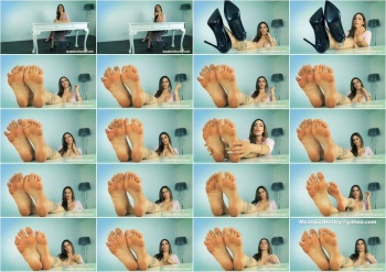 Goddess Harley - Filthy Foot P1g