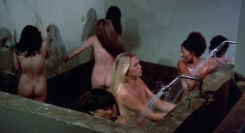 Pam Grier / Margaret Markov / others / Black Mama White Mama / topless / (US 1973) QfbqKQmY_t