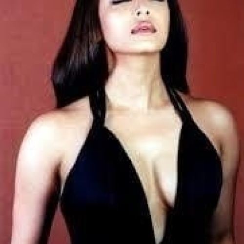 Aishwarya sexy boobs