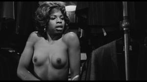 Geraldine Fitzgerald / Thelma Oliver / The Pawnbroker / topless / (US 1964) 0kq8xbkb_t