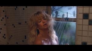 Goldie Hawn / Bird on a Wire / nipple / butt / (US 1990) JNBlnFad_t