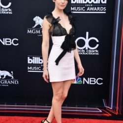 Alison Brie - 2018 Billboard Music Awards in Las Vegas - 5/20/18