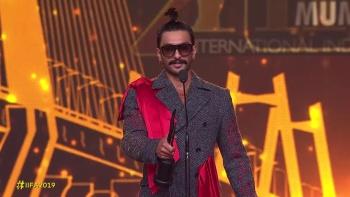 IIFA Awards (2019) 720p - WEB-HD - COMPLETE SHOW - x264 - AAC-Team IcTv Exclusive