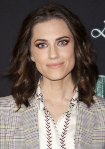 Allison Williams A series of unforutunate events 77