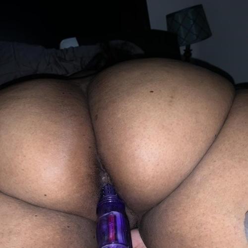 Anal big booty latina