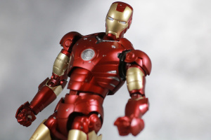 [Comentários] Marvel S.H.Figuarts - Página 5 6DcQ4mDv_t
