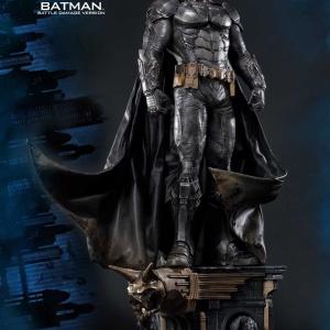 Batman : Arkham Knight - Batman Battle damage Vers. Statue (Prime 1 Studio) 05A1XxAI_t
