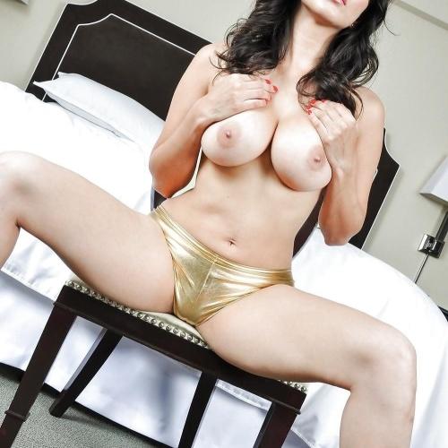 Sunny leone hot sexy saree