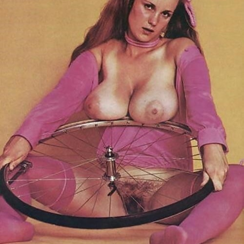 Big busty nude women