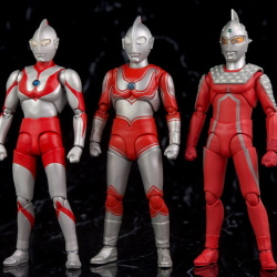 Ultraman (S.H. Figuarts / Bandai) - Page 5 Dzjw4v7Z_t
