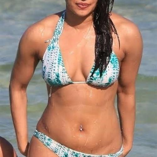 Priyanka chopra sexiest pictures