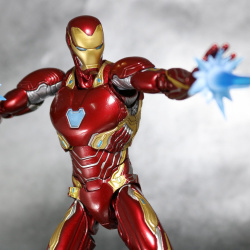 Iron Man (S.H.Figuarts) - Page 16 3XpZoIAD_t