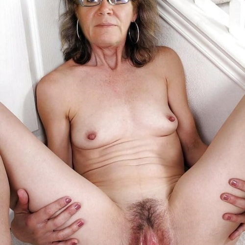 Naked granny porn