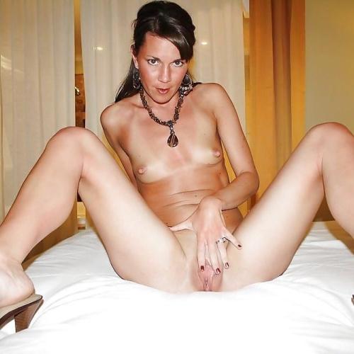 Naked brunette mature women