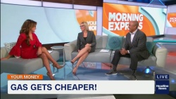Robin Meade and Jennifer Westhoven Today Pictures (HQ) UykELHkt_t