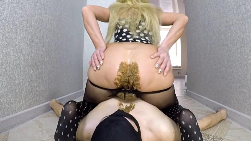 Scatdesire - Eat My Shitty Pantyhose [FullHD 1080P]