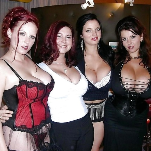 Sexy naked busty women