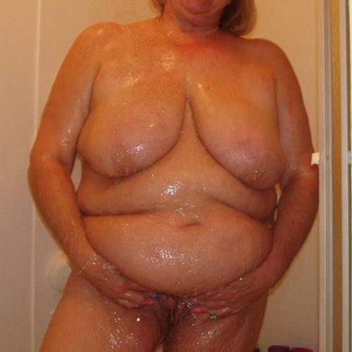 Black mature bbw nude