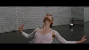 Natalie Portman / Mila Kunis / Black Swan / lesbi / sex / (US 2010) WTSZsqax_t
