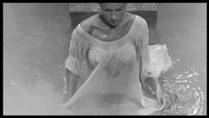 Rosanna Schiaffino / others / La mandragola / topless / seethru / (IT FR 1965) WjzyG86m_t