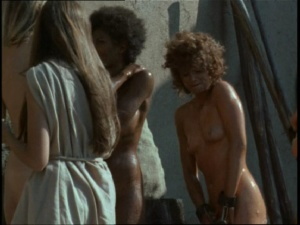 Pam Grier / Margaret Markov / others / The Arena / nude / topless / (US 1973)  EySifGoP_t
