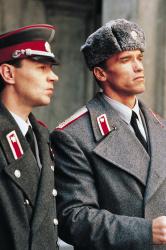 Красная жара / Red Heat (Арнольд Шварценеггер, Джеймс Белуши, 1988) - Страница 2 AZiUJFtJ_t