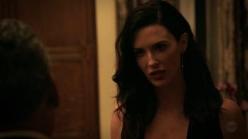 Bridget Regan - The Last Ship - Season 5 (3 animated gifs, total of 270 megs)
