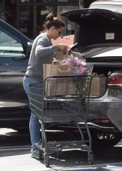 Jennifer Garner - Grocery shopping in LA 04/15/2019