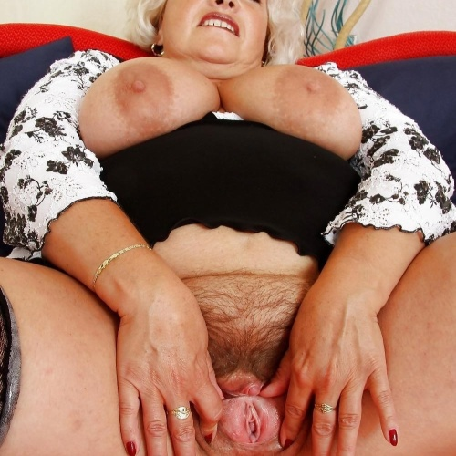 Older hairy pussy pics
