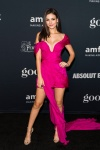 Victoria Justice showing her beautiful feet, celebrity feet, foot fetish pictures at Karina's Foot Blog