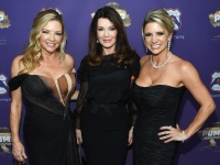 LoriDawn Messuri - Lisa Vanderpump And Route91Strong Host Anniversary Fundraiser For Victims Of The October 1st, 2017 Las Vegas Shooting 1.10.2018