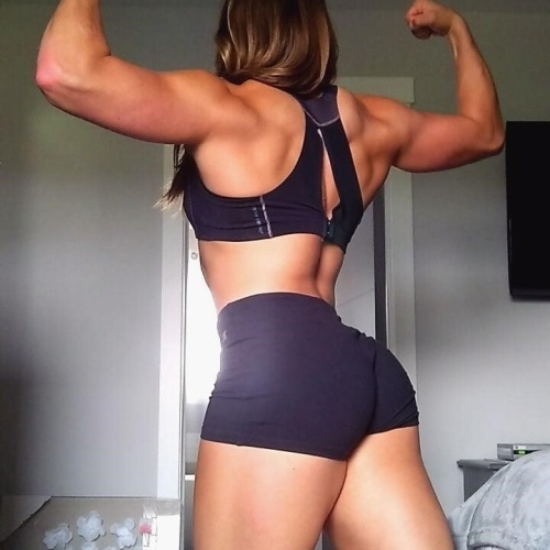 Free porn female muscle