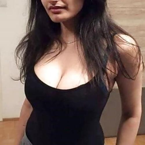 Nude delhi girls pics