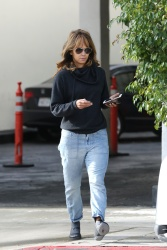 Halle Berry - Out in Beverly Hills 1/18/19