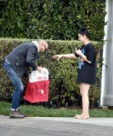 Ariel Winter showing her sexy feet, barefoot in public, celebrity feet, foot fetish pictures at Karina's Foot Blog