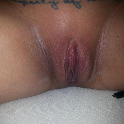 Blonde close up pussy