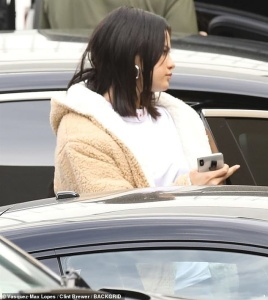 Selena Gomez - Going to a studio in LA 3/1/19