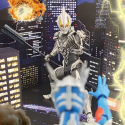 Ultraman (S.H. Figuarts / Bandai) - Page 7 7y7Lc3eh_t