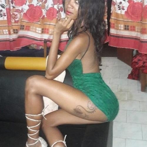 Skinny ebony granny porn
