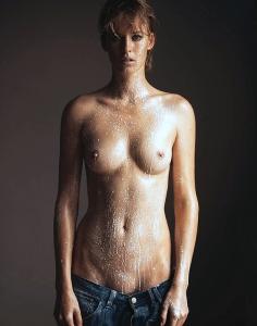 Nackt  Franziska Tschurtschenthaler von Cisco topless