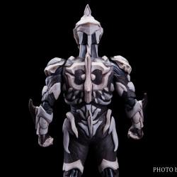 Ultraman (S.H. Figuarts / Bandai) - Page 7 YYjHuc4C_t