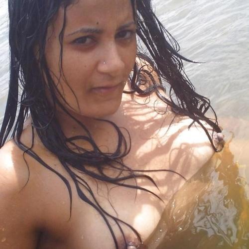 Nude babes boobs