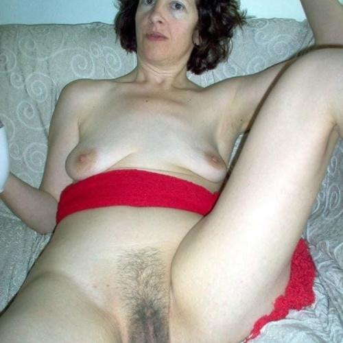 Naked older amateur women