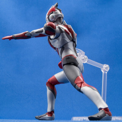 Ultraman (S.H. Figuarts / Bandai) - Page 6 CZwVFRPV_t