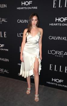 Alycia Debnam-Carey - Elle Women in Hollywood, Los Angeles October 15 2018 RB6TE8mH_t
